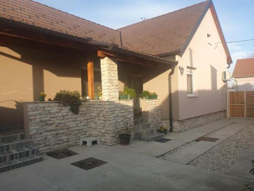 Ivanka, Valpovo