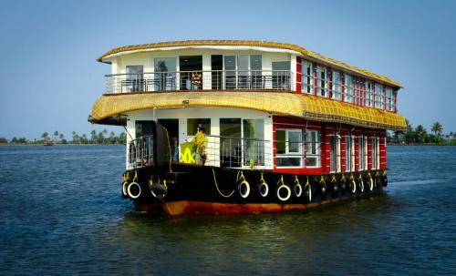 Alleppey back water tours, Alappuzha