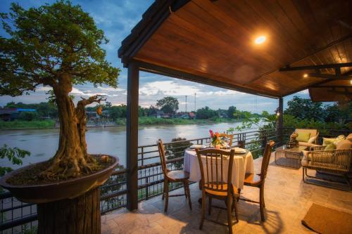 Cattani's Riverside Home, Phra Nakhon Si Ayutthaya