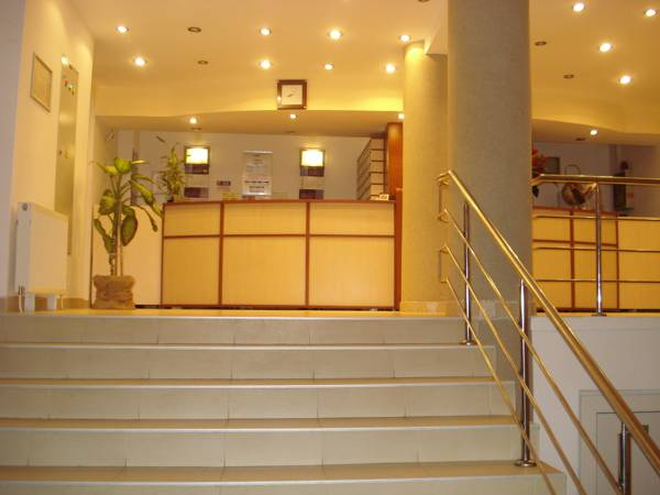 Hotel Orizont, Calimanesti