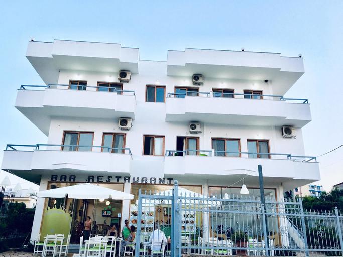 Nova Hotel, Sarandës