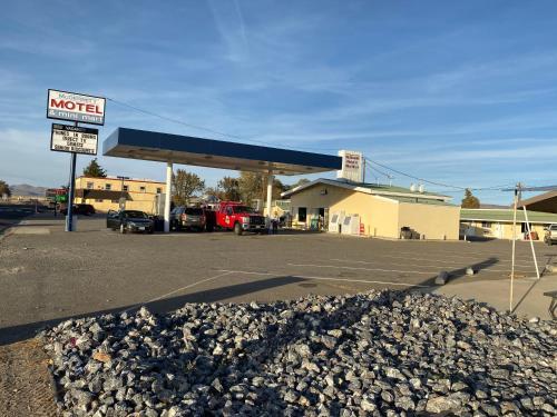 McDermitt Gas, Grill & Motel, Humboldt