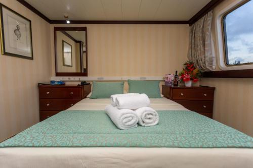 GYR- amazing 7 night sychelle-cruise,