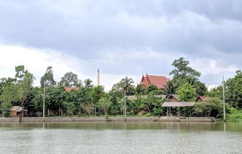 88 Ampawa Riverside, Bang Khon Ti