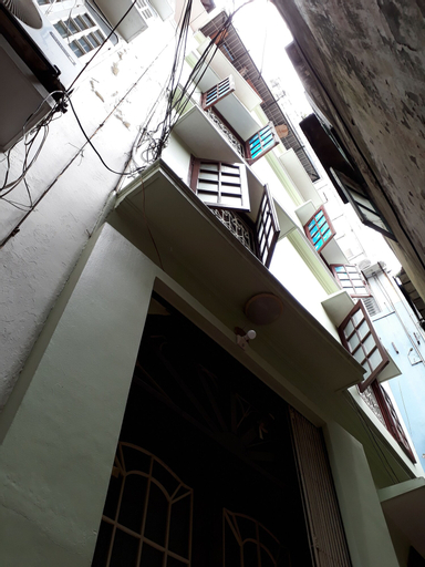 3BR Spacious & Cozy House nearby Old Quarter, Ba Đình