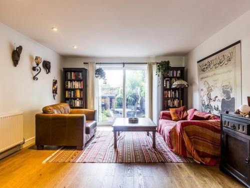 Characterful 3-bedroom house near Greenwich, London