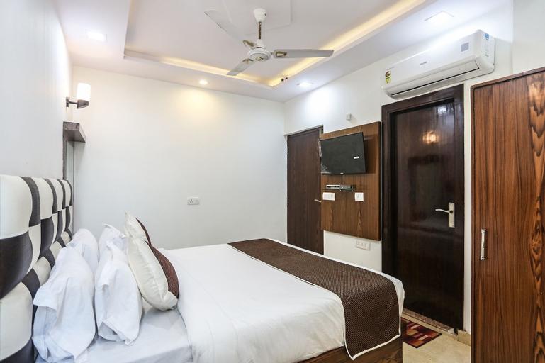 OYO 6388 Hotel NR Inn, Agra