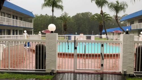 Motel 6-Daytona Beach, FL - Speedway, Volusia