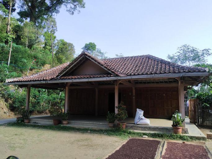 Griya Jayeng, Kulon Progo