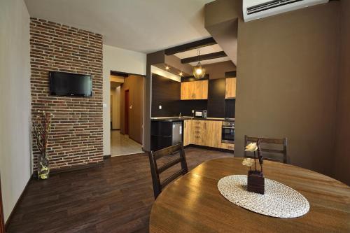 City Art Botique Apartments, Rousse