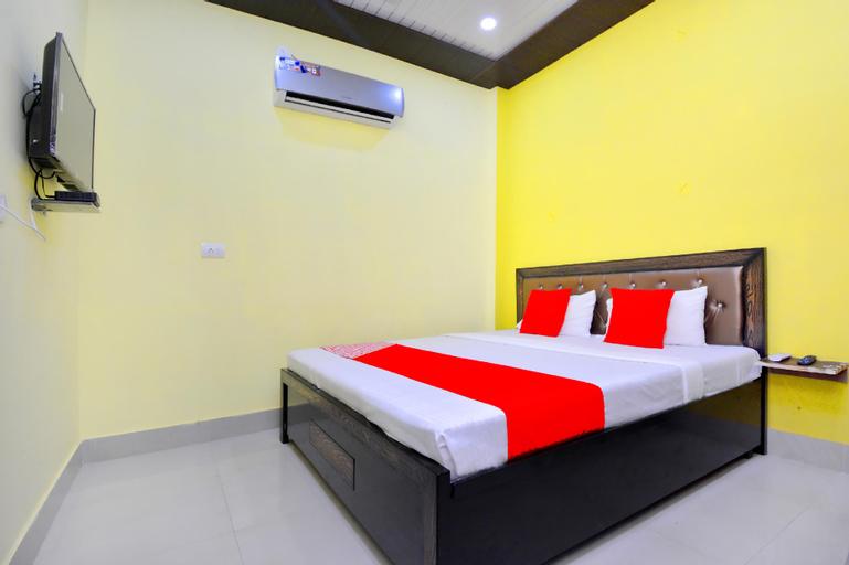 OYO 42911 Blue Sky Guest House, Kurukshetra