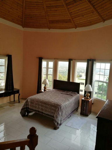 Chancery Hall 3 Bedroom Apartment,