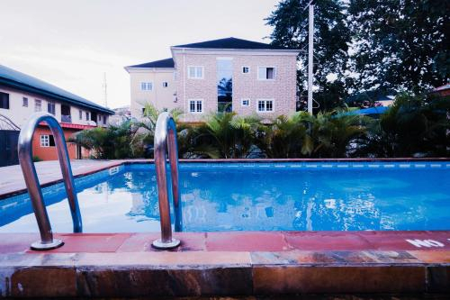 Beneville Hotel and Apartment, Calabar