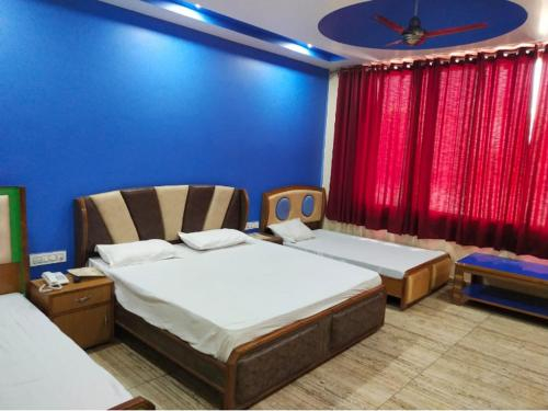 Hotel Baaz, Rupnagar