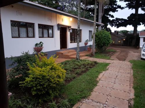 JENNY'S BED & BREAKFAST, Uthungulu