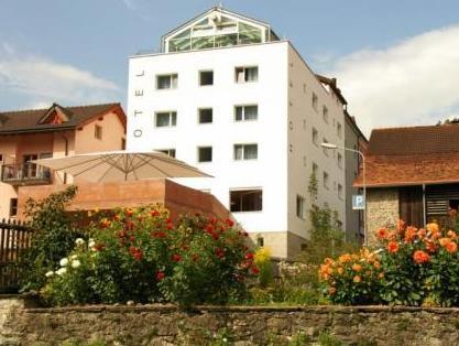Hotel Weiss Kreuz, Hinterrhein