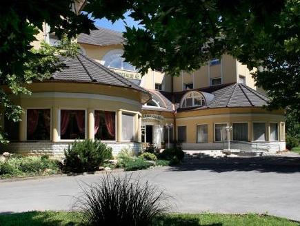 Arboretum Hotel Harkany, Siklósi