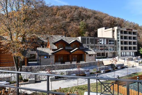 HOTEL EMROVIC RAJ, Novi Pazar