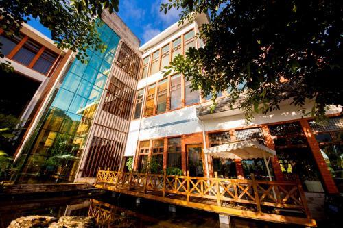 Jade Hot Spring Hotel, Baoshan