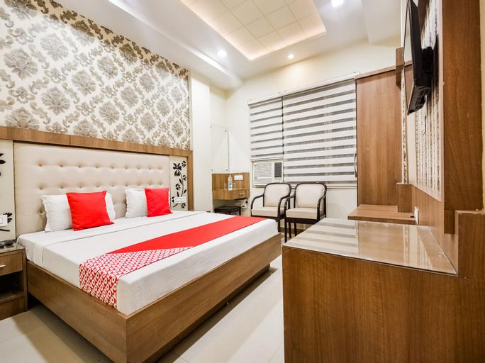 OYO 46477 Laziz Hotel And Restaurant, Gurdaspur