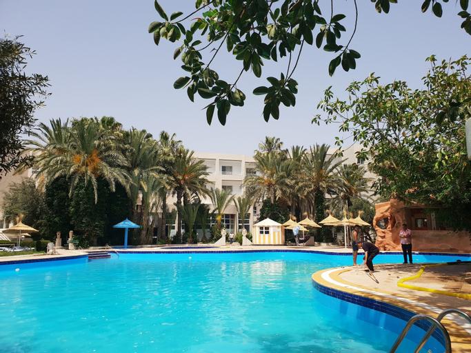 Azur Plaza, Hammamet