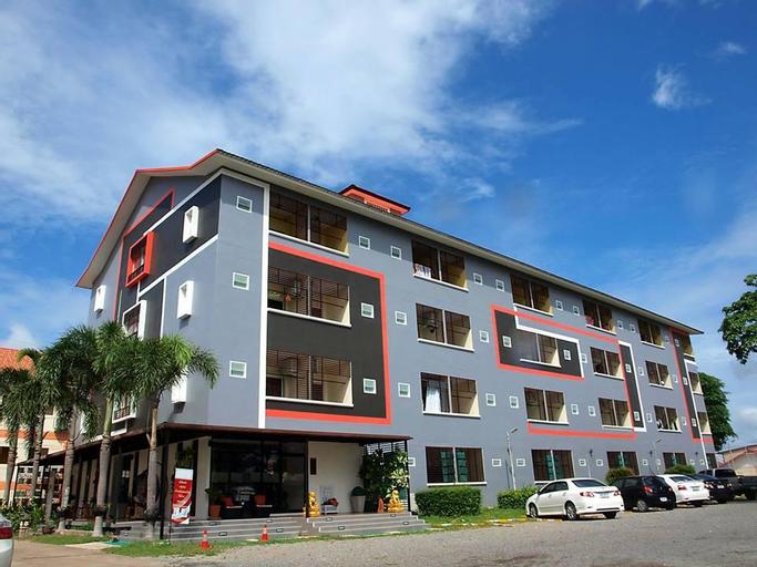 Grand Esie Service Apartment, Pluak Daeng