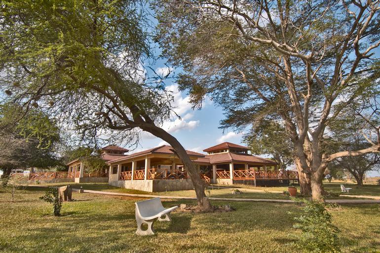 Ashnil Aruba Lodge, Voi