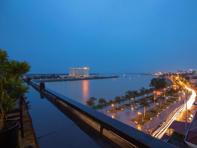 Le Grand Mekong Hotel, Ruessei Kaev