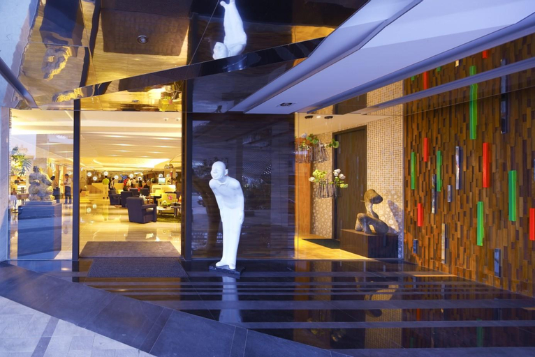 Hotel Day Plus, Chiayi City