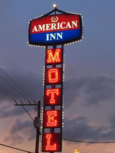 American Inn, Clark