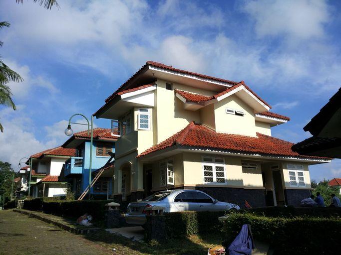 Villa Tamie Bumi Ciherang, Cianjur