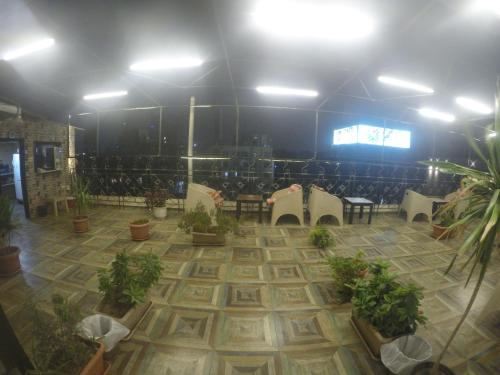 Town hotel, Qasr an-Nil
