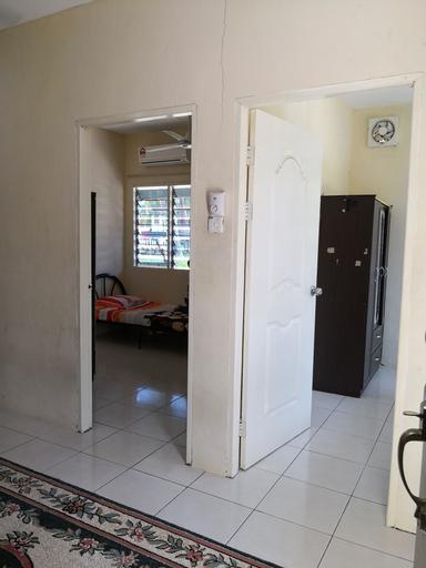 Kuala Mengalong Cottage, Sipitang