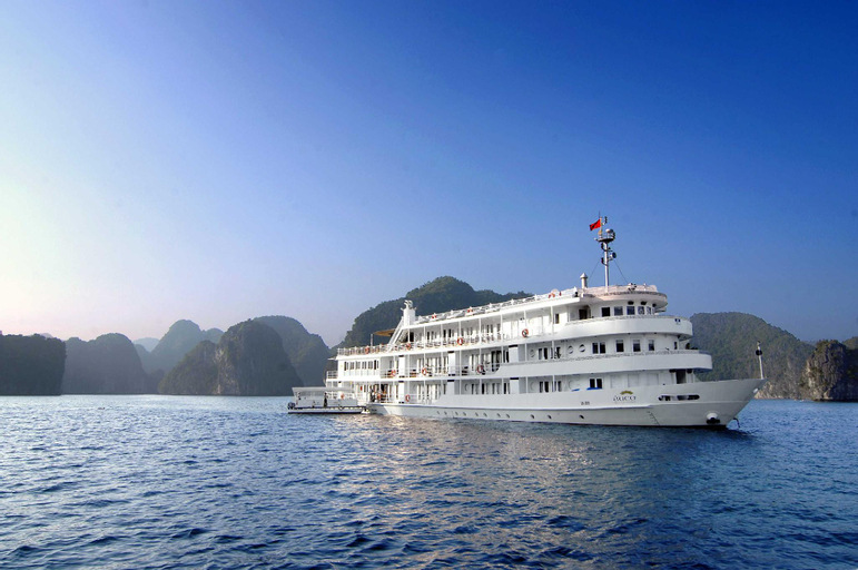 The Au Co Cruise - Managed by Bhaya Cruise, Hạ Long
