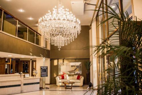 Hotel Carlos V Santiago del Estero, Banda