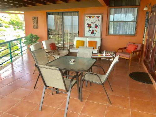 Spacious 3 Bedroom Home Mins From Port Of Spain,