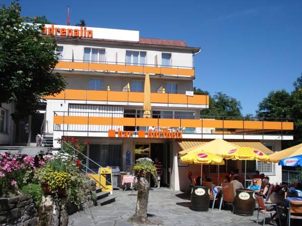 Adrenalin Backpackers Hostel, Glarus
