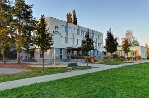 Hotel Bily Pav, Mladá Boleslav