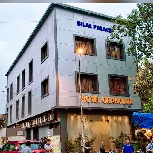 OYO 8490 Hotel Grandeur, Mumbai Suburban