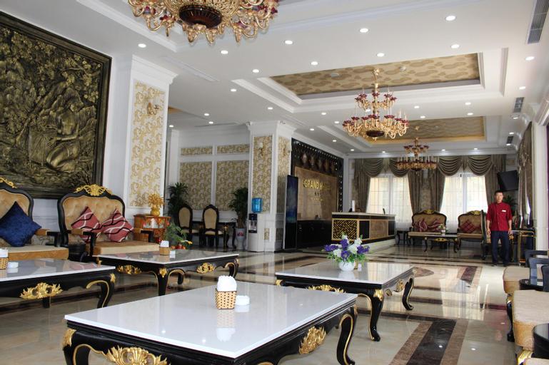 Grand Hotel, Hòa Bình