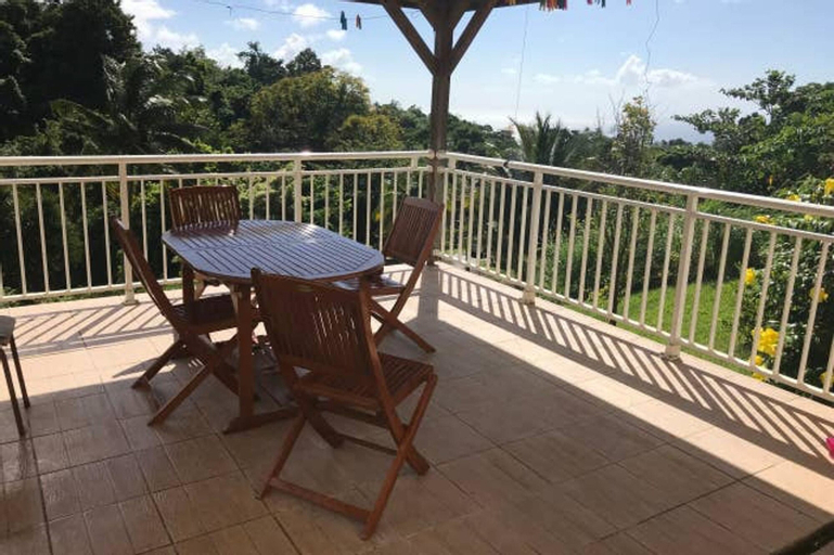 House With 3 Bedrooms in Le Morne-vert, With Wonderful sea View, Furnished Garden and Wifi - 5 km From the Beach, Le Morne-Vert