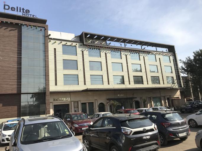 Delite Hotel - Faridabad, Faridabad