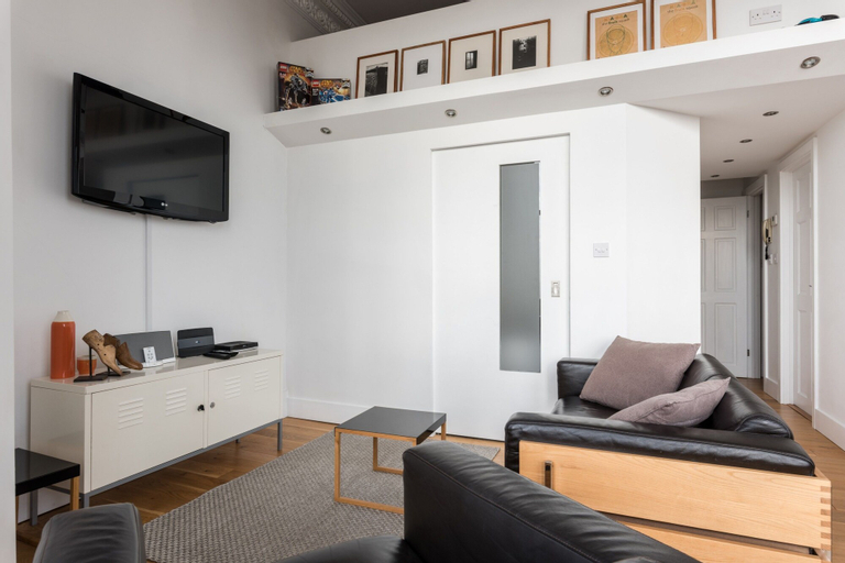 1 Bedroom Seafront Flat in Hove, Brighton and Hove