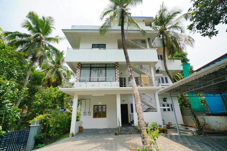 OYO 35674 Mohanan Apartment, Ernakulam