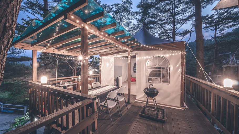 Couplestar in Forest Glamping, Hoengseong