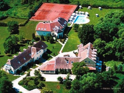 Oreg Malom Hotel, Csepreg