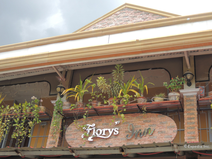 Flory's Inn, Liloan