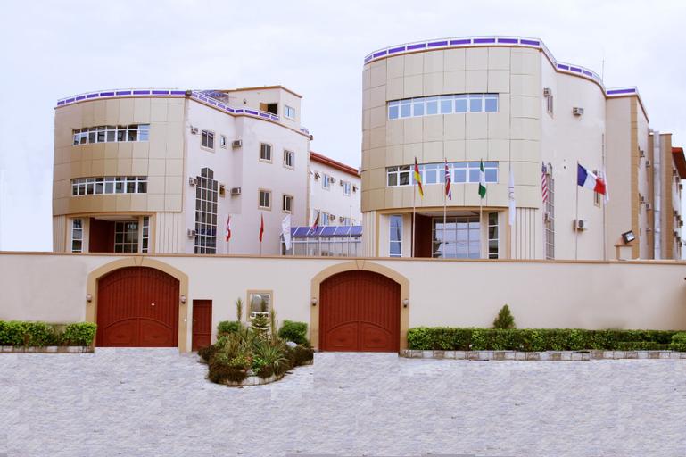 Claridon Hotels & Resorts, Obio/Akp