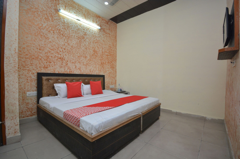 OYO 41451 Hotel Arnotto, Ludhiana