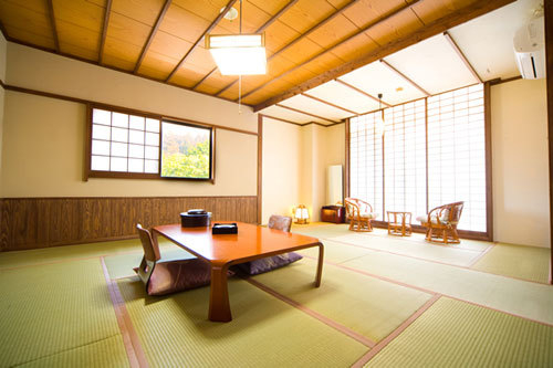 Meisui no Yado Hojuya, Kokonoe